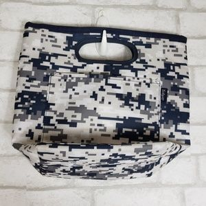 Thirty-one Pixelated Print Lunch Tote Top Zip